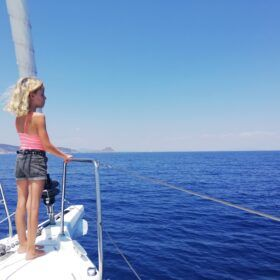 Sailing with kids in Greece