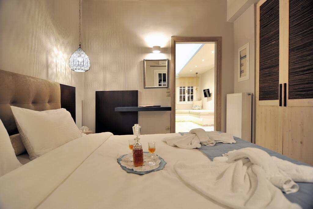 Best for families near Delphi - Ganimede Hotel Galaxidi