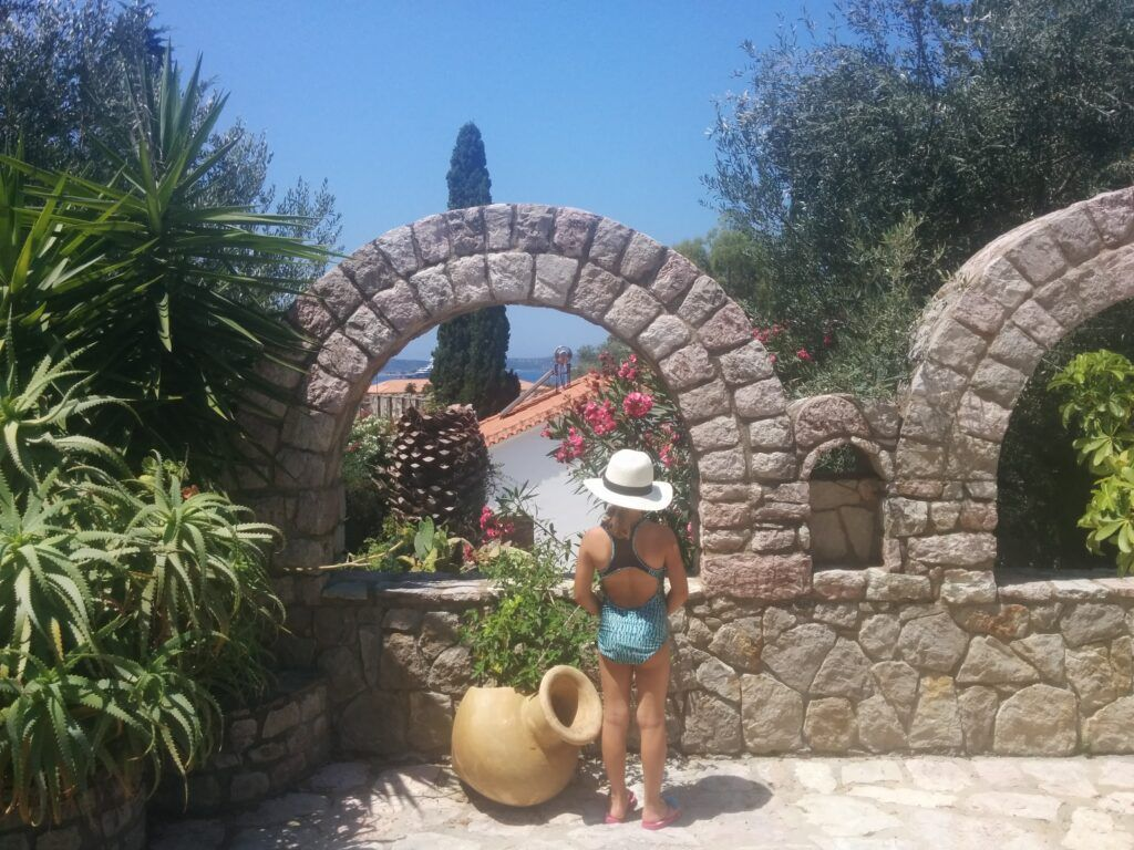 Family Vacation Homes in Greece